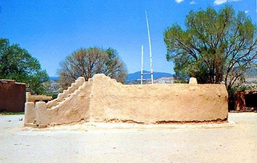 Round Kiva in New Mexico, costruito dai discendenti degli antichi Hopi