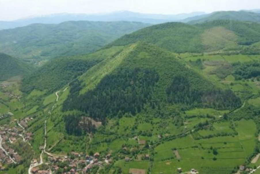 La Piramide Del Sole - Bosnia